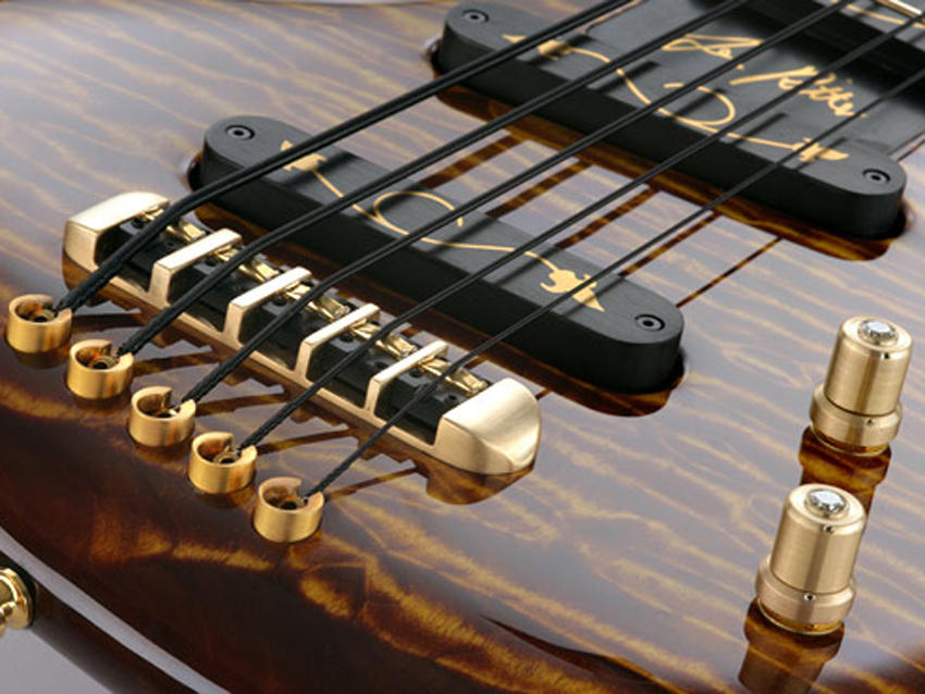 most-expensive-bass-guitar-gold